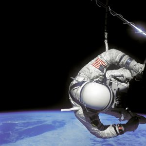 Aldrin performs an EVA during Gemini 12 mission