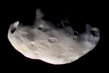 Небольшой спутник Сатурна - Пандора