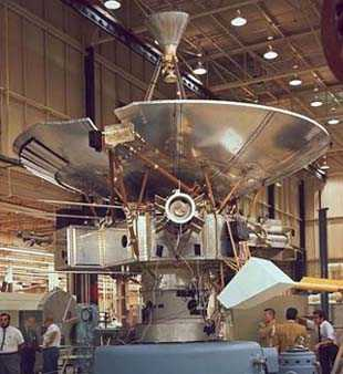 Pioneer 10 final assembly