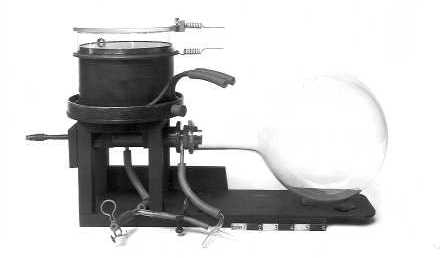 Wilson's cloud chamber of 1912