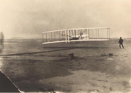 Beginning of the Wright brother's first powered flight