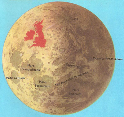 The size of the Moon and the British Isles compared