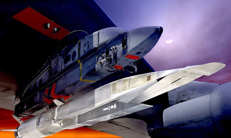 X-51A Waverider mounted under the wing of a B-52. Image credit: US Air Force