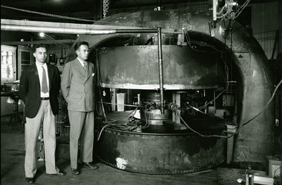 Lawrence and colleague beside the 27-inch cyclotron, 1932. Courtesy: Lawrence Berkeley National Laboratory