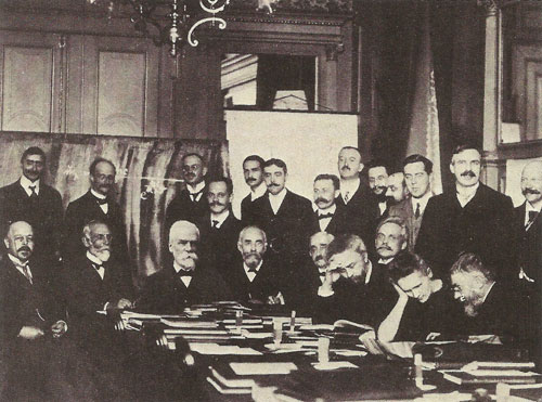 The new ideas about atomic physics were brought together at a series of conferences, such as this Solvay meeting at Brussels in 1911, attended by Bohr, Rutherford, Planck, Curie and others.