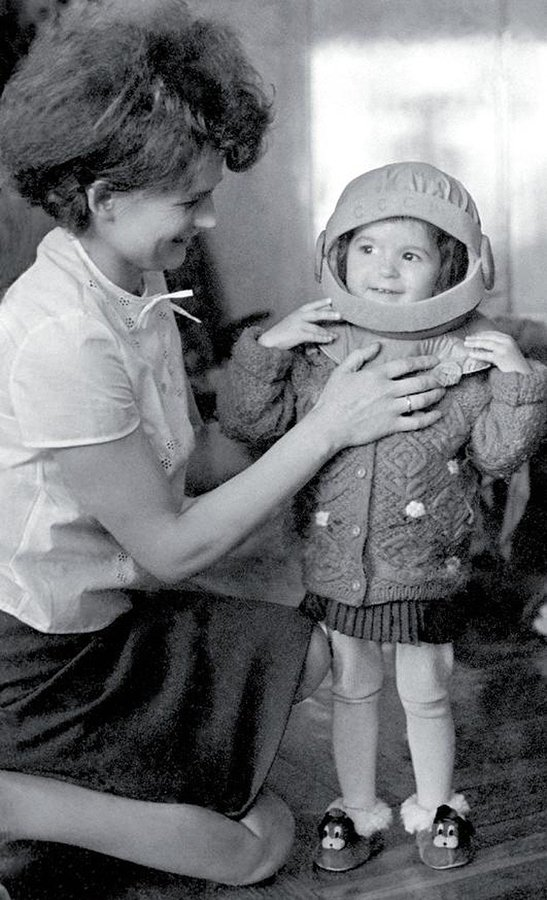 Valentina Tereshkova and daughter